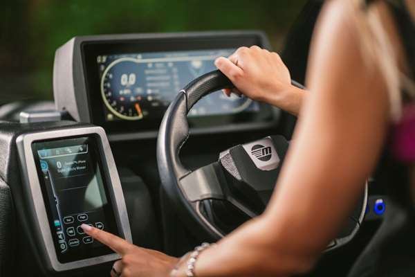 Malibu-M240-Touch-Screen-Systems-Control